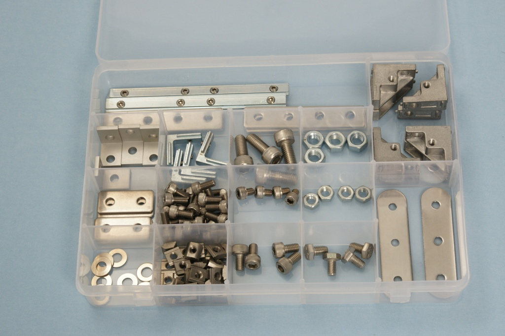 universal robots zacobria nuts bolts kit box open